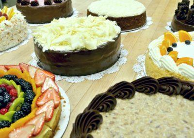 multi-cakes-400x284